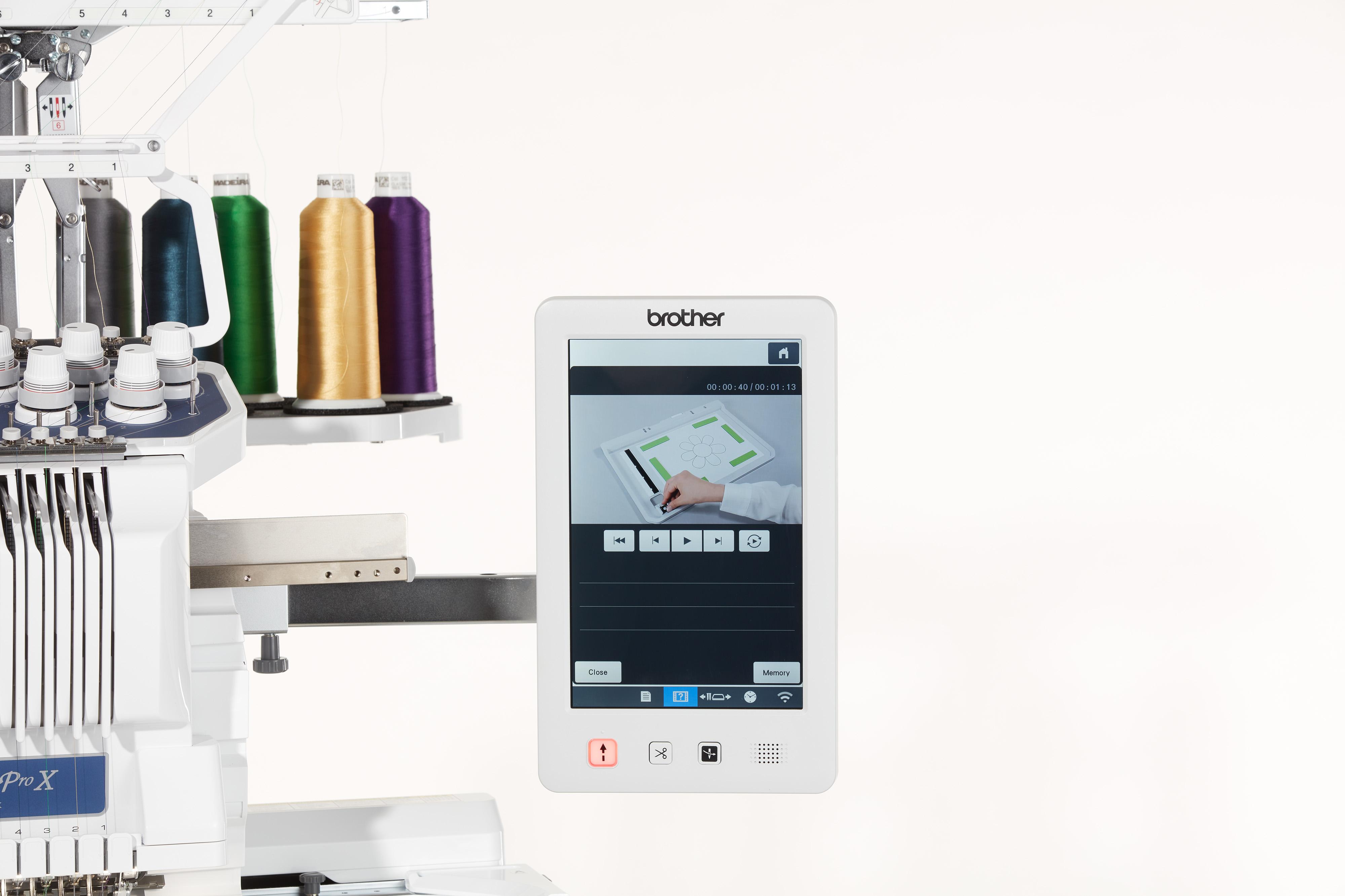 Besonders großer farbiger Touchscreen mit 10,1 Zoll Bildschirmdiagonale